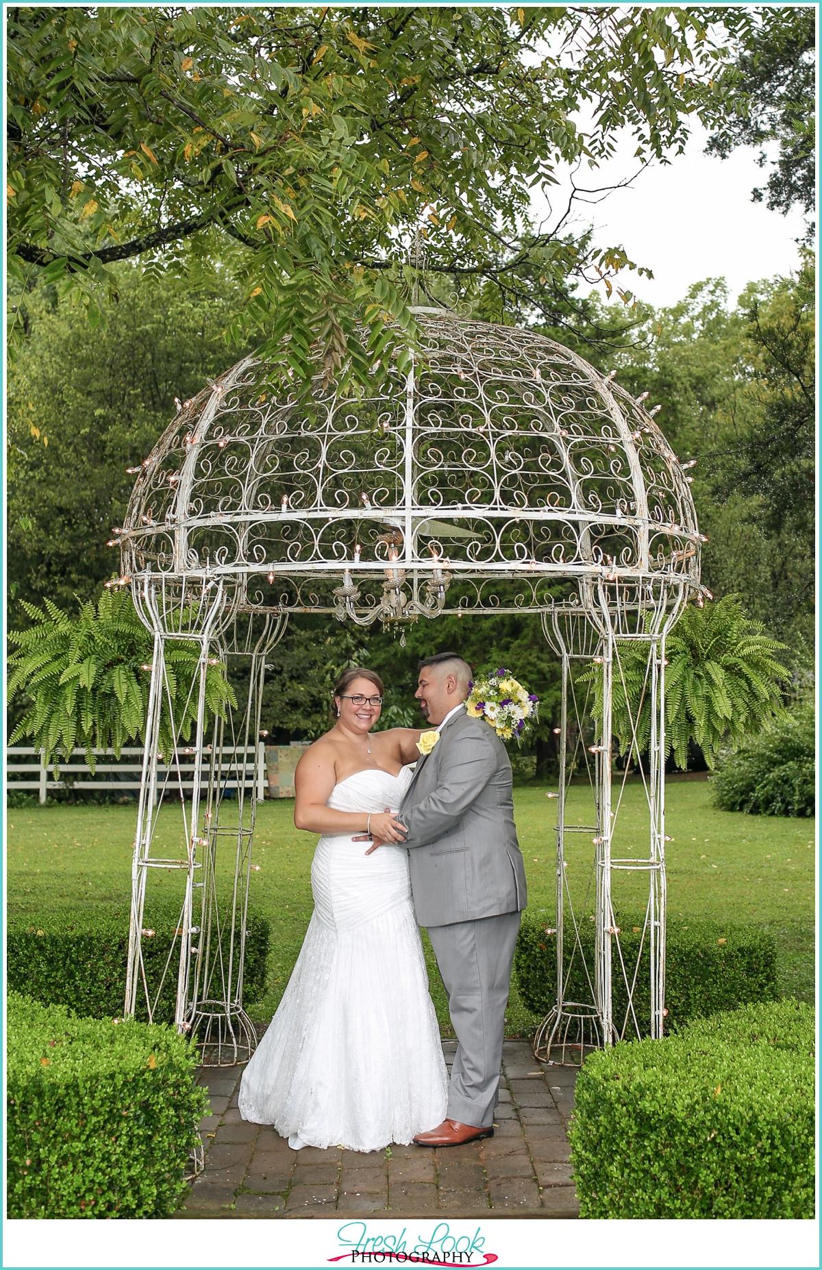 Cly Bride And Groom Portraits Jasmine Plantation Wedding Photography