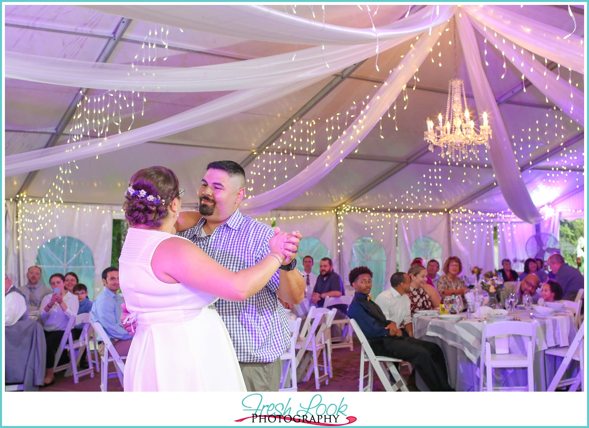 romantic bride and groom first dance